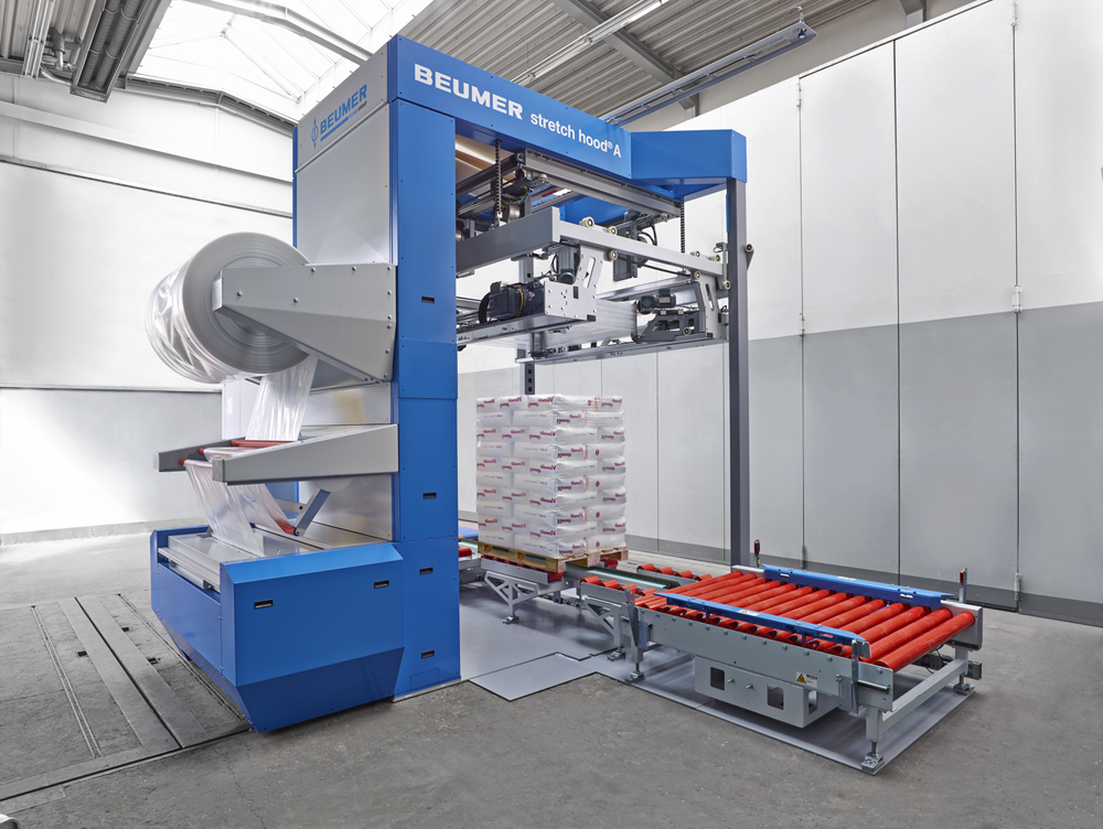 Figure 1: BEUMER is exhibiting the BEUMER stretch hood A, with its new and innovative features, at CeMAT in Hanover.