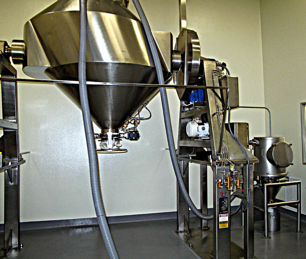 VAC-U-MAX Direct Charge Blender Loading system at Pharmaceutical Company
