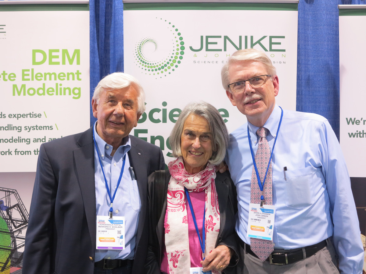 Dr. John Carson, President, Jenike & Johanson, with Ute and Reinhard Wöhlbier at the Chicago Powder Show May 2016