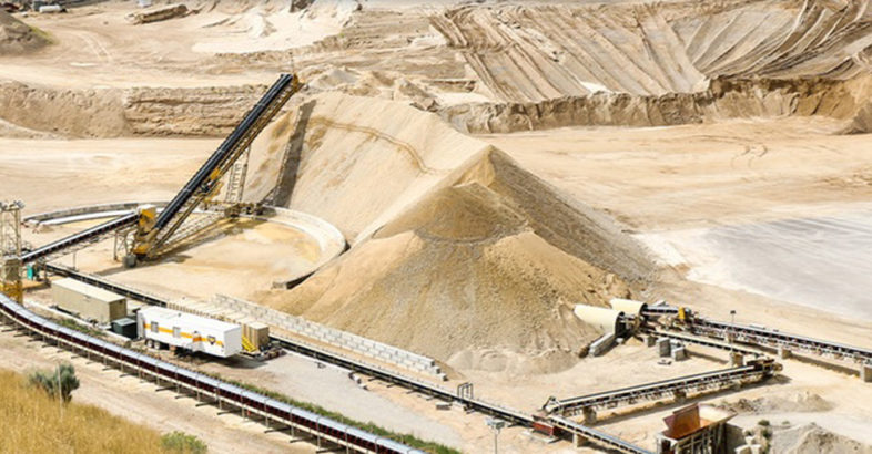 Superior Industries Washing & Conveying Equipment for Apex Sand & Gravel