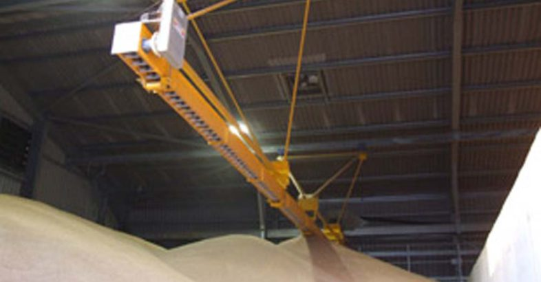 Perry of Oakley Ltd: Levelling & Travelling Conveyors