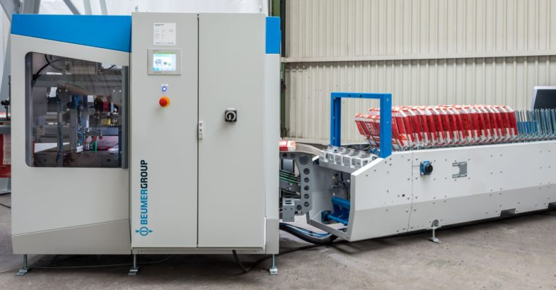 BEUMER bag placer: Filling Bulk Material More Efficiently with the BEUMER fillpac