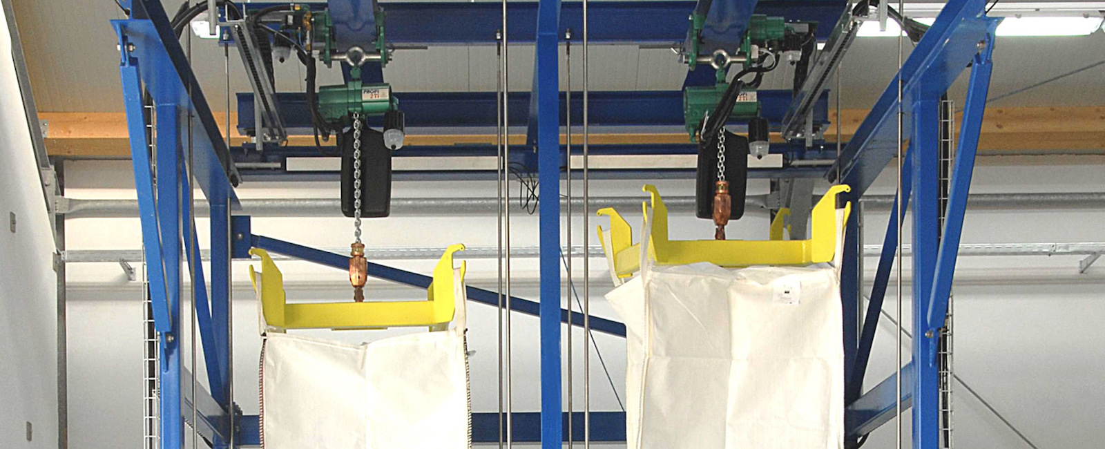 J D Neuhaus: Hoists deliver 'elevated' Performance in the Process Industry