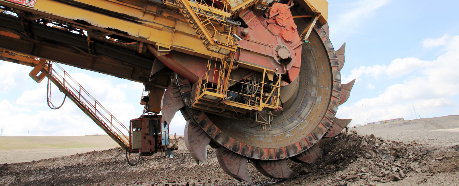 TAKRAF 700-liter Bucket-Wheel Excavator starts Operation at major Lignite Mine in India