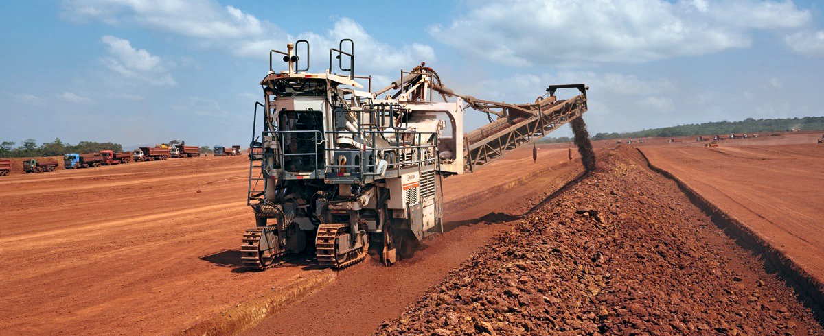 Wirtgen: Bauxite Mining with Surface Miners maximizes Profitability in Guinea