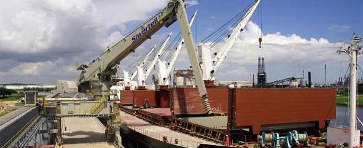 Screw-type Technology for Economical Ship Unloading