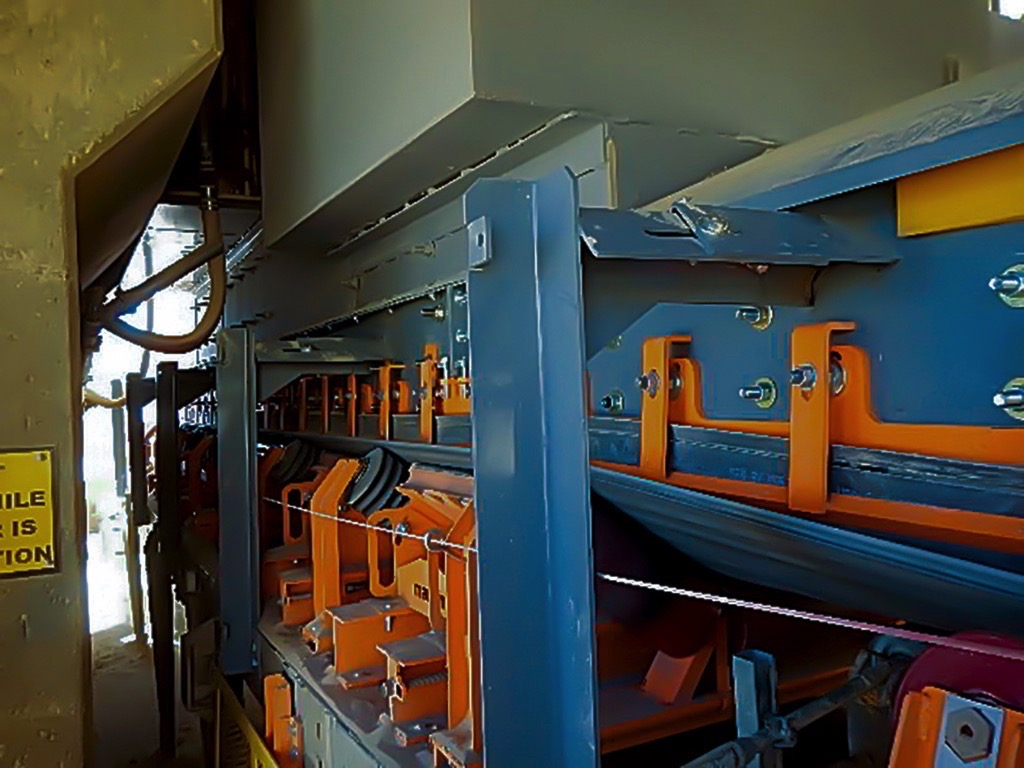 Less Spillage – less Costs! Conveyor Upgrade tackles Dust and Spillage at Coeur Rochester Mine – Fig. 8: The upgraded conveyor now requires only minimal clean-up, instead of as many as 70 man-hours per week.