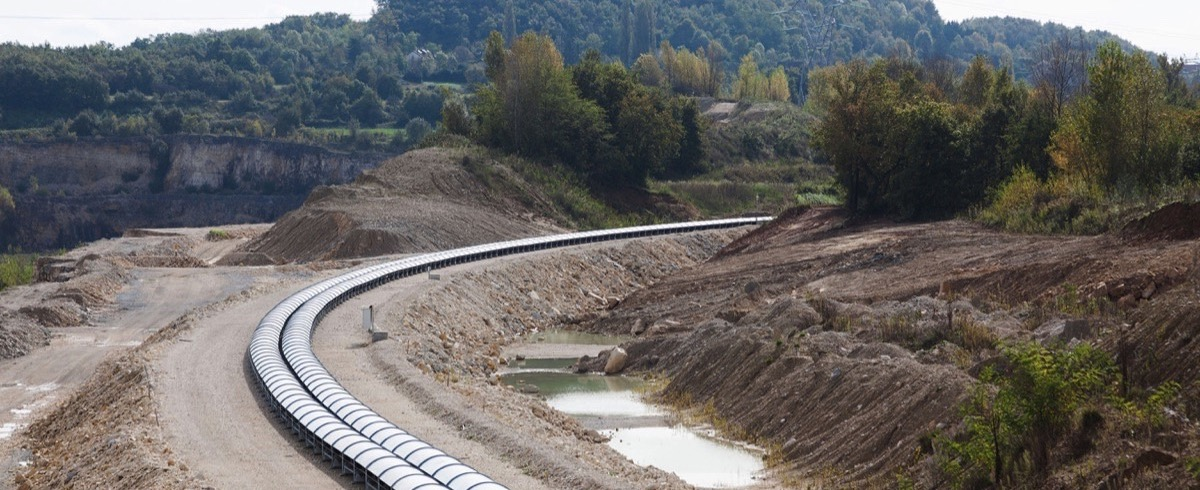 Twist and Run – Europe's longest Belt Conveyor for French Cement Factory